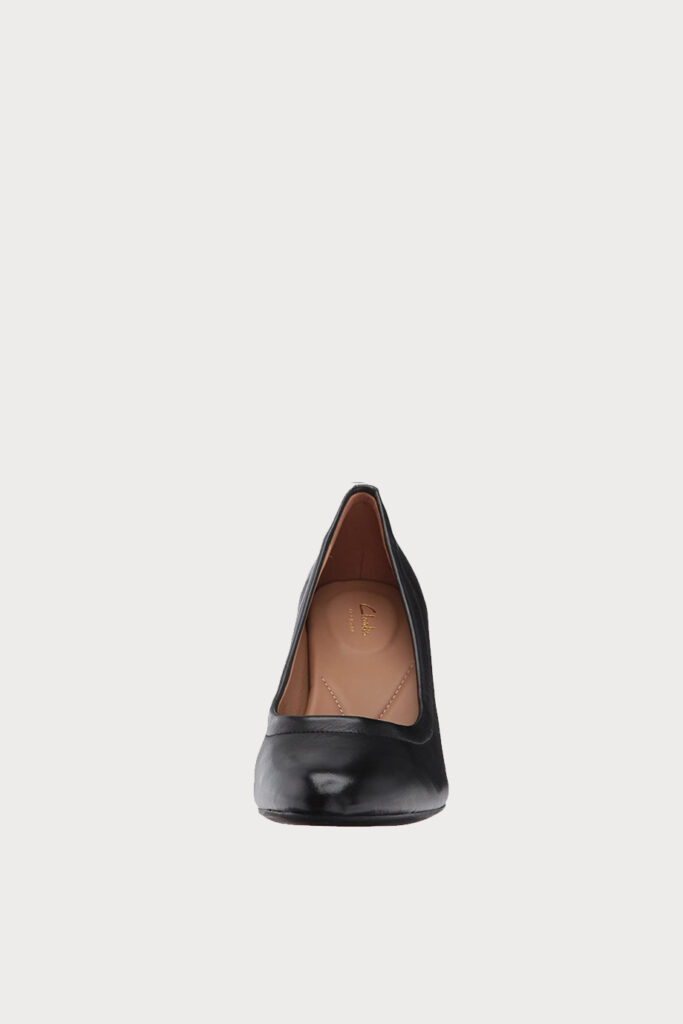 spiridoula metheniti shoes xalkida p Chryssa Ari clarks 3