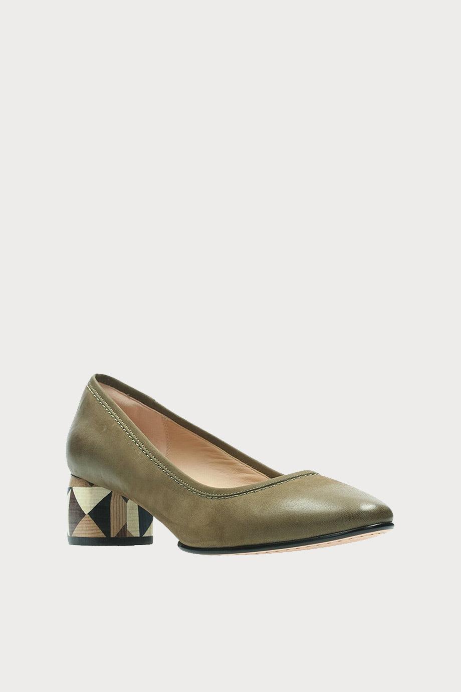 spiridoula metheniti shoes xalkida p Grace Olivia clarks 5