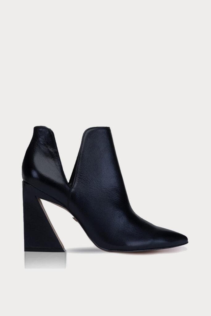 spiridoula metheniti shoes xalkida p 264005 cab01 mestico black leather carrano
