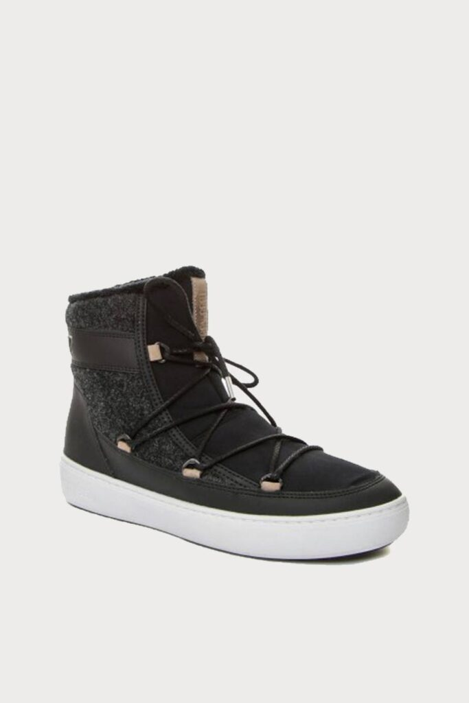 spiridoula metheniti shoes xalkida p 24102300 001 black low laces MoonBoot 1
