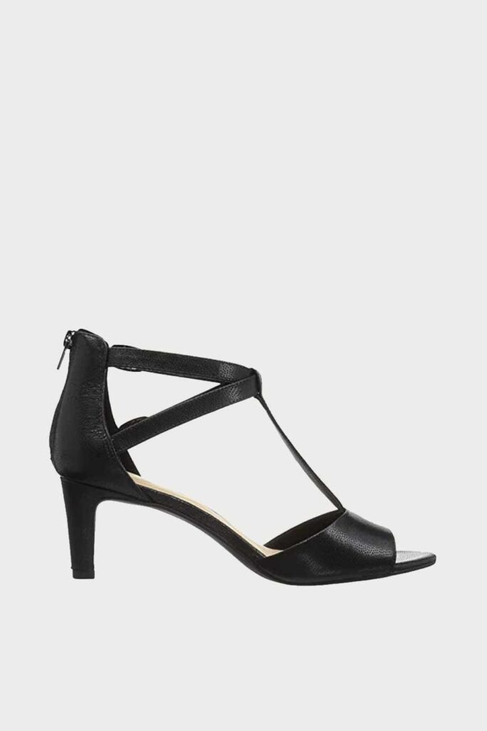 spiridoula metheniti shoes xalkida p Laureti Pearl clarks black leather 2