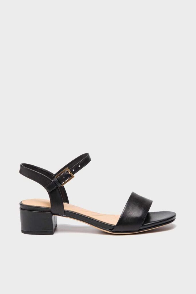 spiridoula metheniti shoes xalkida p Orabella Iris clarks black leather 3