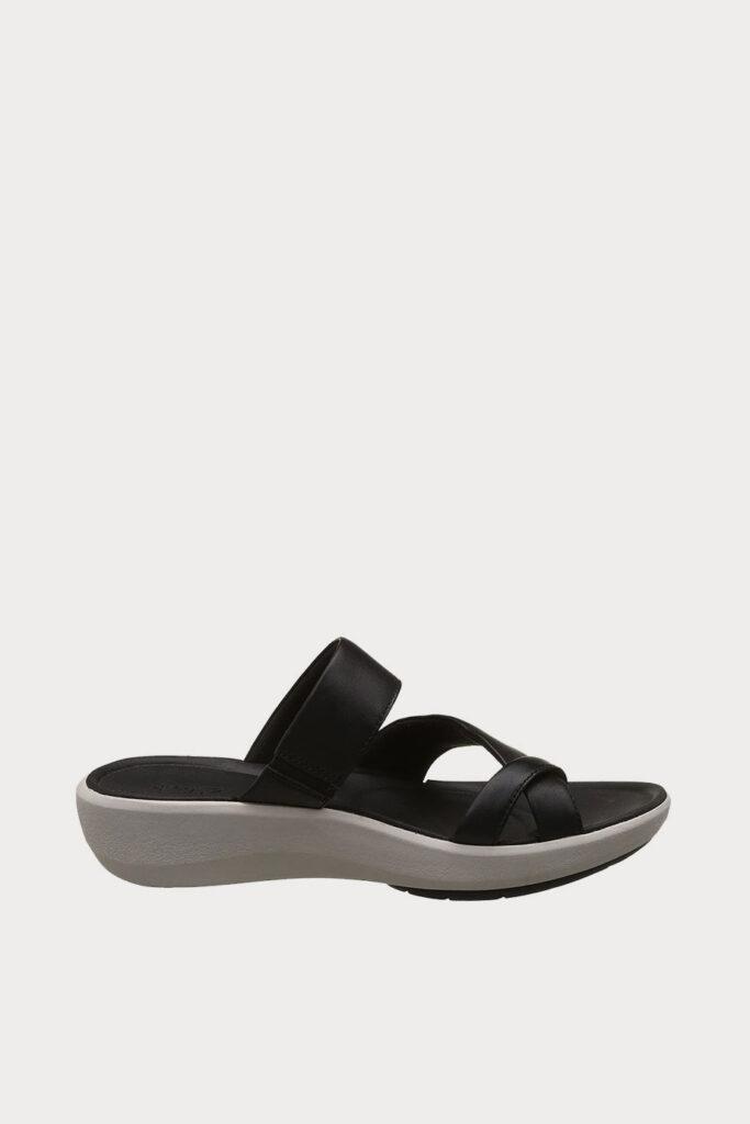 spiridoula metheniti shoes xalkida p Wave Bright Black Leather Clarks