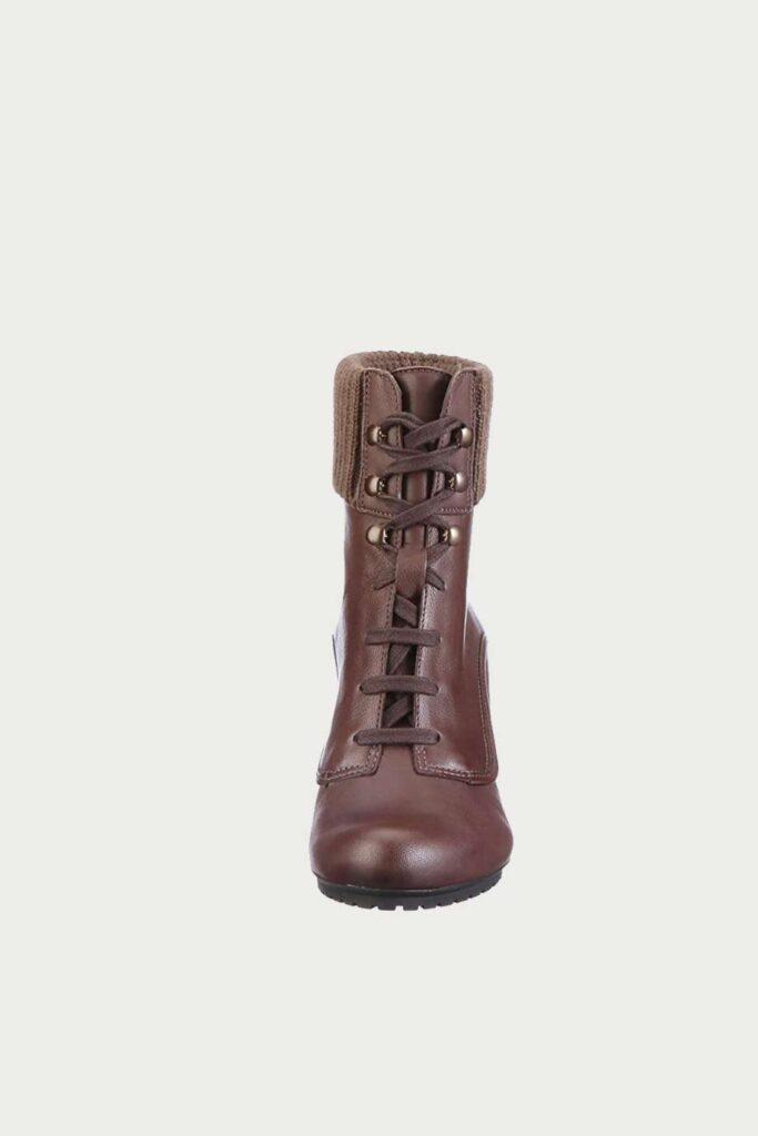 spiridoula metheniti shoes xalkida p Lori Coniston Tan Clarks1