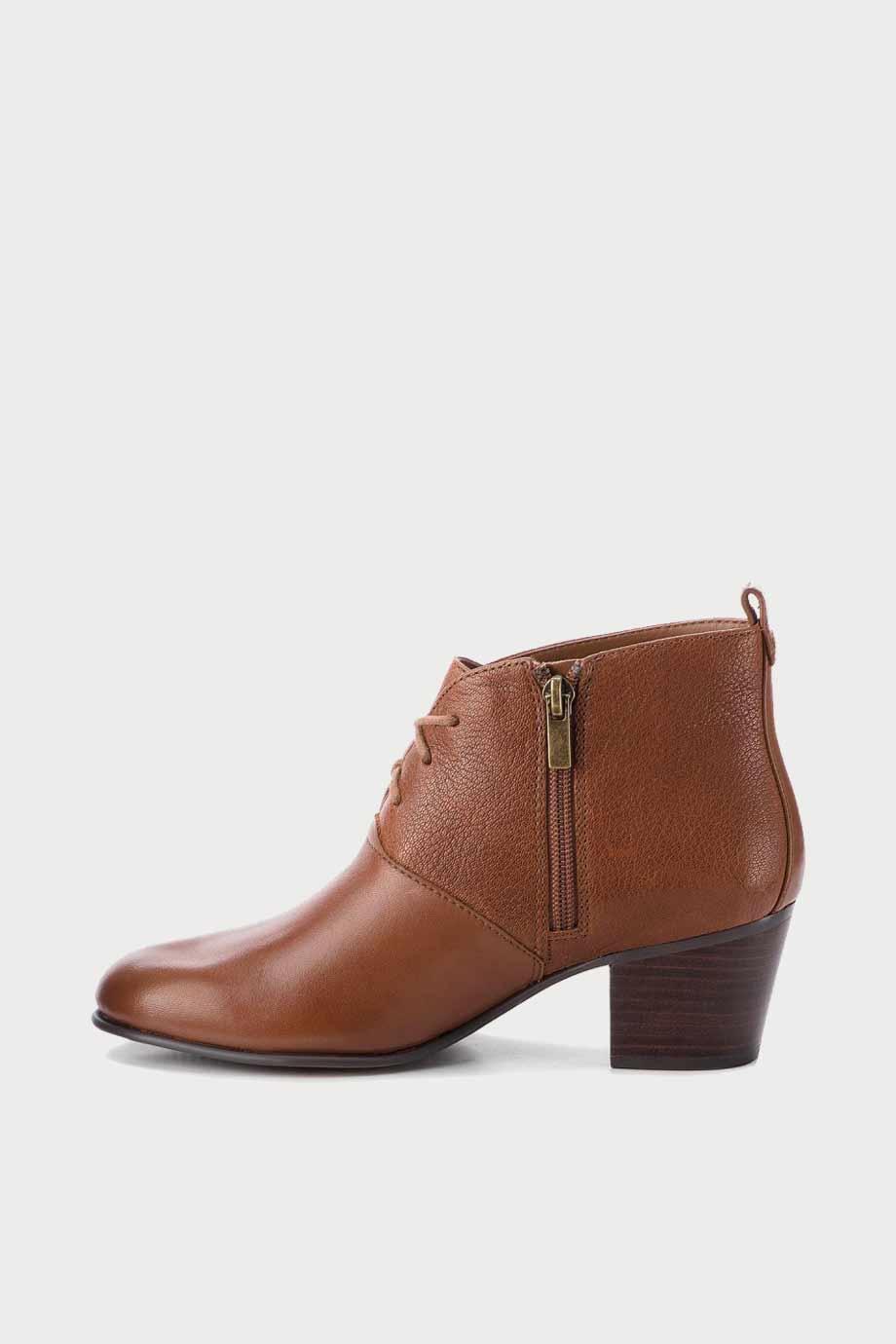 spiridoula metheniti shoes xalkida p Mypearl Lucy Tan Clarks1