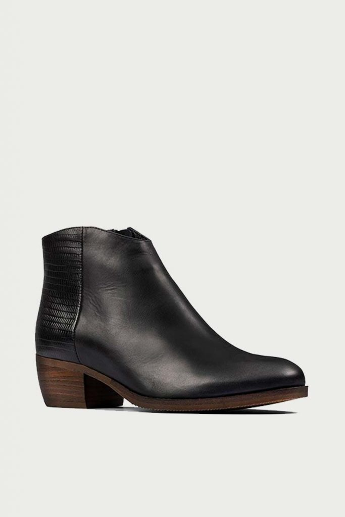 spiridoula metheniti shoes xalkida p Mila Myth Black Clarks